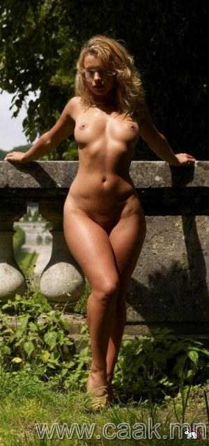 голые бедра фото