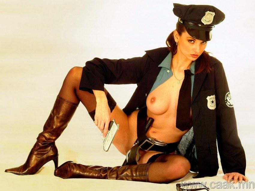 голые девушки полицейская бесплатно скачать большие фото.